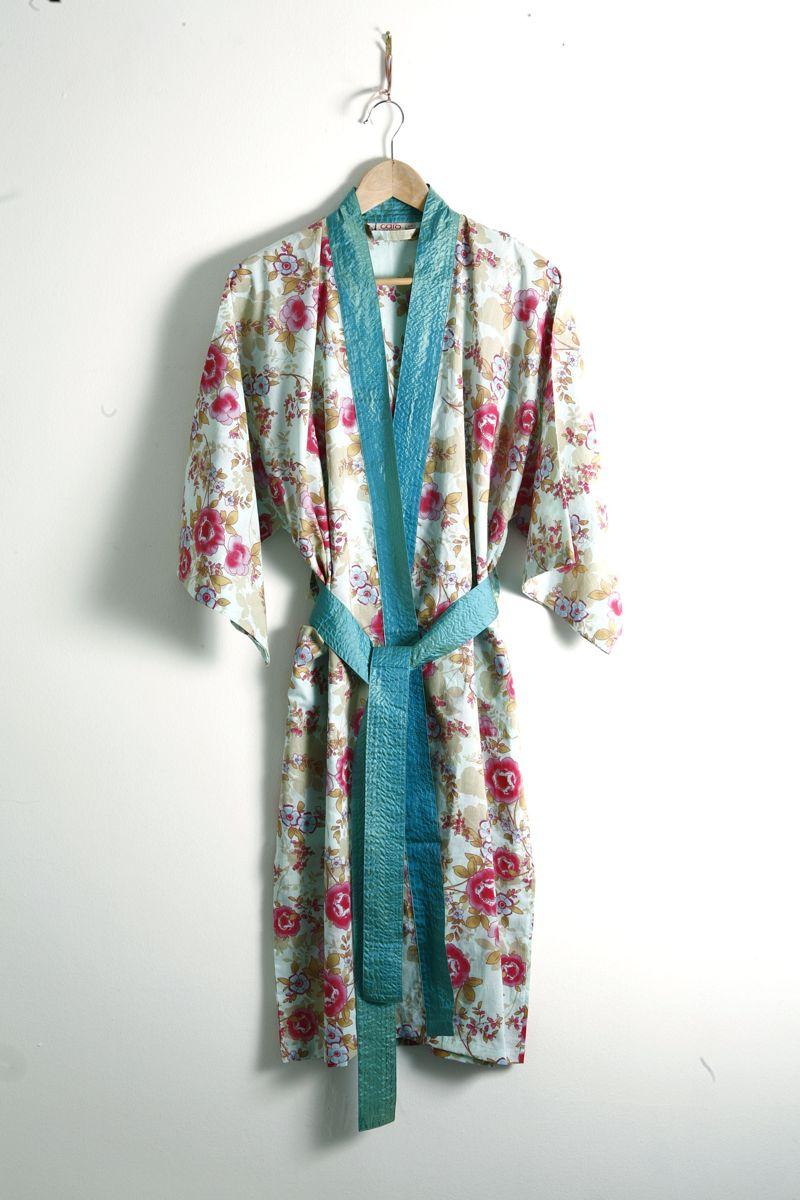 Blue Lagoon floral pale blue cotton kimono nightwear robes - Vintage ...